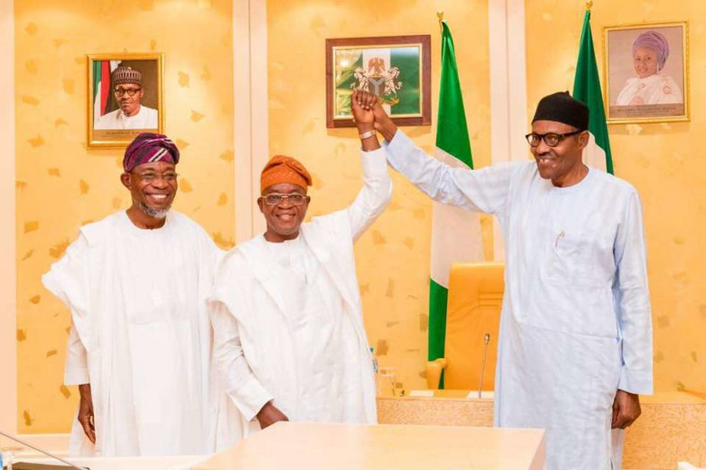 L-R: Osun State governor, Rauf Aregbesola, APC governorship candidate, Gboyega Oyetola, and President Muhammadu Buhari. Oyetola is hosted at the villa after his election win (Presidency)
