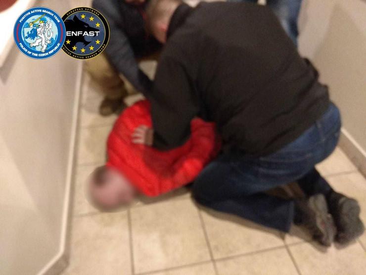Evo kako je uhapšen Čaba Der