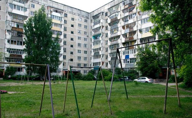 Kupienie 45-metrowego mieszkania w Warszawie, w nie najlepszej lokalizacji oraz stałym budownictwie, to wydatek rzędu 400 tys. zł.
