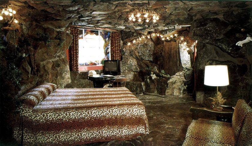 Najdziwniejsze hotele na świecie - Madonna Inn