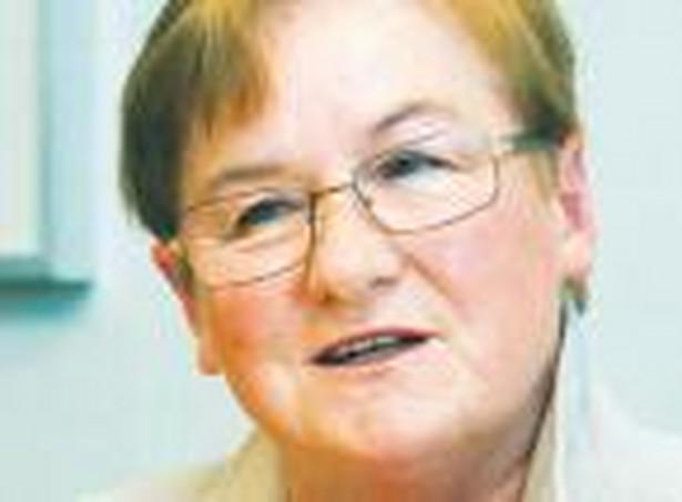 Prof. Gertruda Świderska, przewodnicząca zespołu do opracowania szczególnych zasad rachunku kosztów w ZOZ Fot. Wojciech Górski