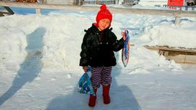 4-latka niczym współczesny Czerwony Kapturek. Przeszła 7 km w śniegu, by sprowadzić pomoc dla babci
