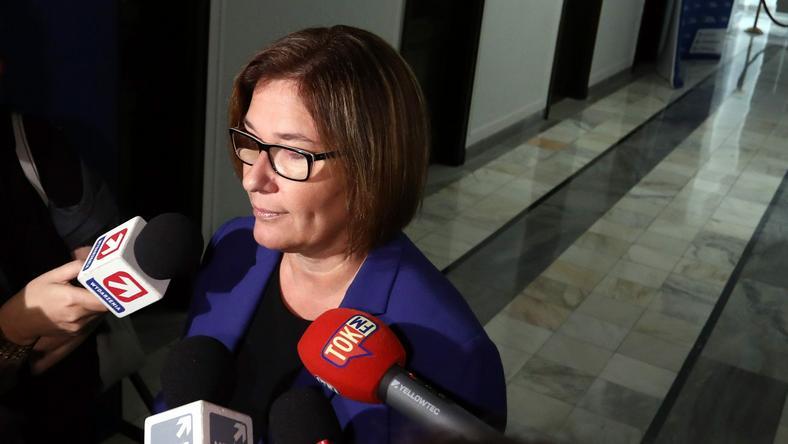 Rzecznik PiS Beata Mazurek zaprzeczyła, jakoby posiedzenie zostało odwołane