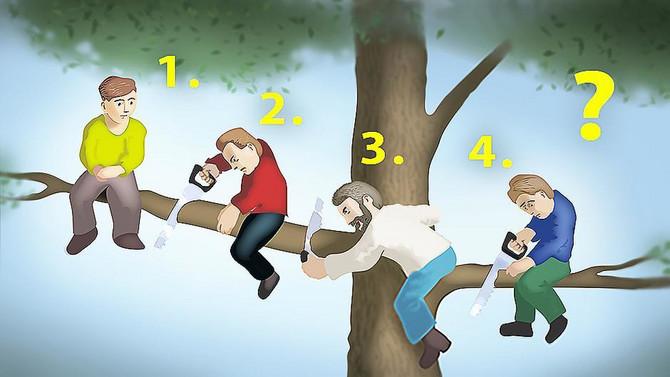 Četiri osobe na drvetu
