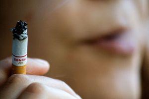 gyermekek betegségei a dohányzó anyától