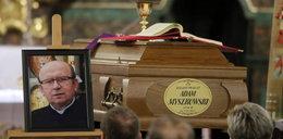 Żegnają księdza zakatowanego przez kościelnego