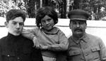 TATA STALJIN Prokletstvo dece jednog od najvećih krvnika u istoriji sveta