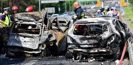 Spłonęli w aucie pod Szczecinem. Ruszyła zbiórka na pogrzeb rodziny