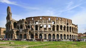 Dron utknął w arkadzie Koloseum