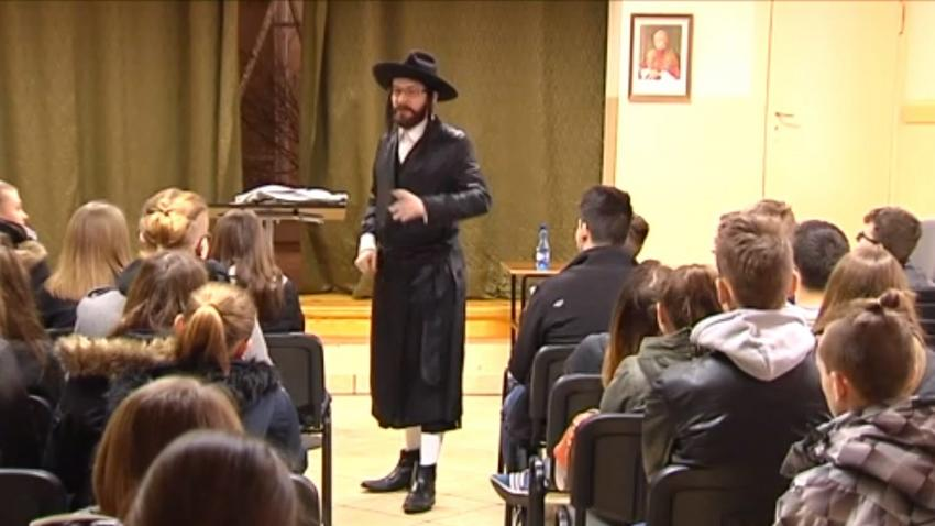 Znalezione obrazy dla zapytania fałszywy rabin z poznania