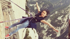 Ekstremalne zdjęcia wspinających się na Hua Shan w Chinach