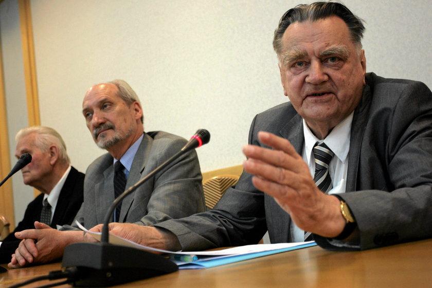 Macierewicz zdradza, co powiedział Jan Olszewski tuż przed śmiercią