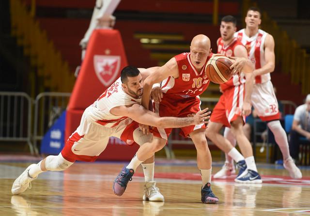 Ilija Đoković u duelu sa Brankom Lazićem