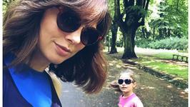 """Karolina Gorczyca pokazała córeczkę. Fani komentują: """"Fajne takie dwie kobietki"""""""