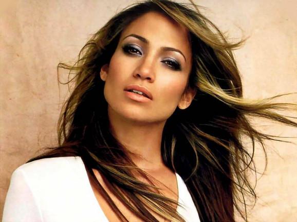 Dženifer Lopez ne želi da zapostavi karijeru zbog privatnih problema