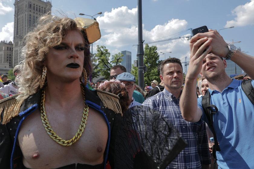 Ruszyła Parada Równości w Warszawie. Oto najlepsze zdjęcia