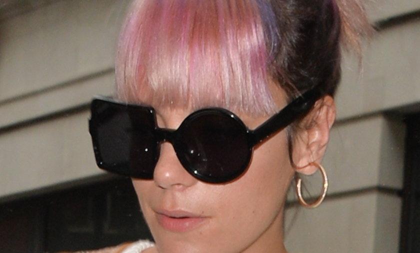 Dziwne okulary Lily Allen