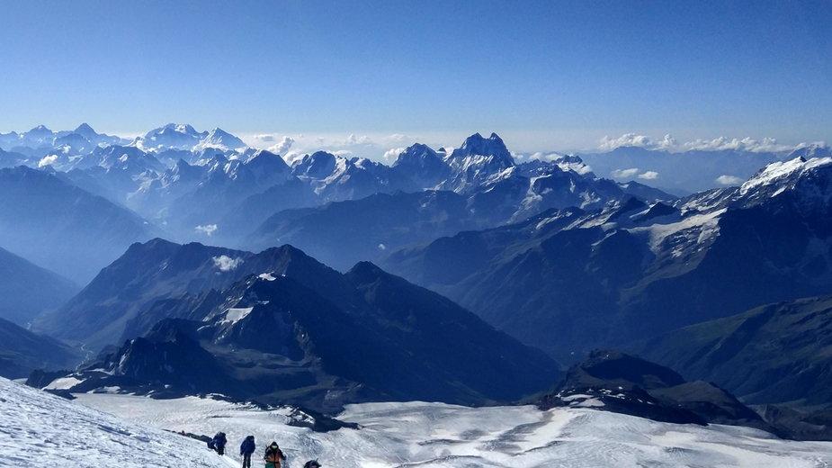Dramatyczna akcja ratunkowa na Elbrusie, 5 alpinistów zginęło