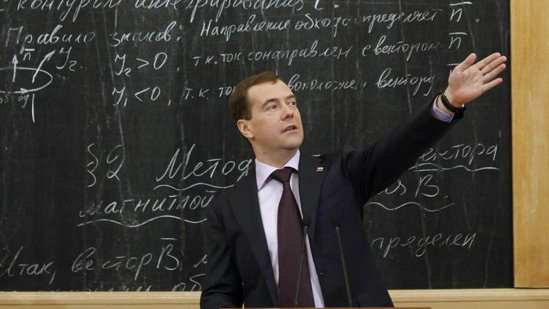 Rosja powinna skorzystać z doświadczeń Kazachstanu - radził jeden z rosyjskich obserwatorów wyborów prezydenckich w Astanie