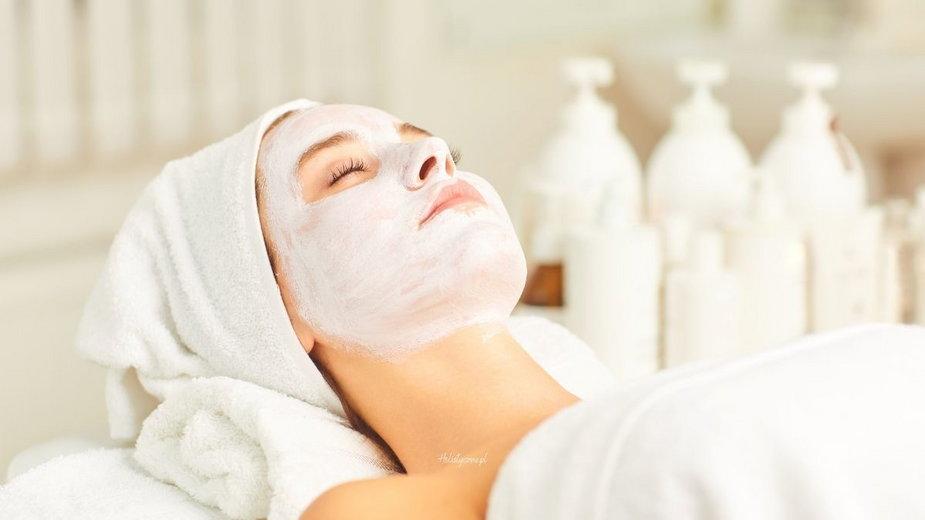 Nałóż maskę na twarz czyli jak dbać o siebie każdego dnia?