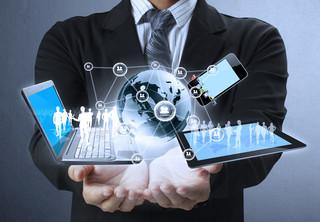 Prawie dwie trzecie klientów banków w Polsce chce korzystać z usług fin-techów