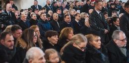 Wiadomo, dlaczego prezydent siedział w piątej ławce na pogrzebie Adamowicza