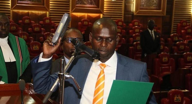 Kamukunji MP Yusuf Hassan gets emotional as Kibra MP-elect Imran Okoth takes oath