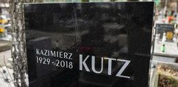 Ktoś podle potraktował nagrobek Kazimierza Kutza. Wdowa zdruzgotana
