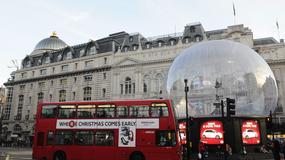 """""""Śnieżna kula"""" ochroni przed wandalami słynny pomnik Erosa w Londynie"""
