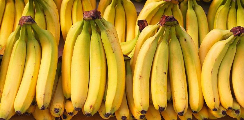 Wyrzucasz skórkę od banana? Zrób z niej krem na siniaki!