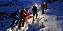 Koszmar na Rysach. Szokująca niefrasobliwość turystów, znosili ich ze szczytu 14 godzin! ZDJĘCIA