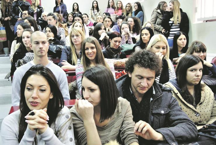 433498_uzice01-studenti-uciteljski-fakultet-foto-v-lojanica
