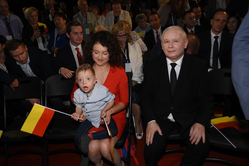 Wpadka Jarosława Kaczyńskiego podczas konwencji PiS w Warszawie