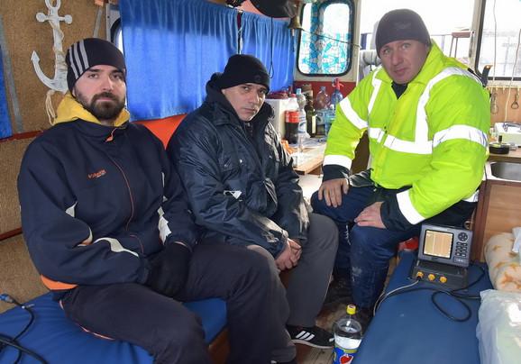 Raško Ramadanski, Zoran Milosavljević i Nandor Baranji u brodu
