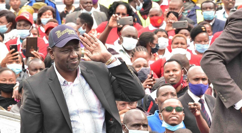 DP Ruto receives hero's welcome in Nyamira, complete with police detail