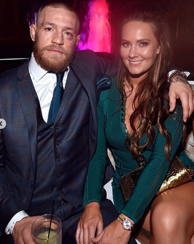 Konor MekGregor sa ženom Di