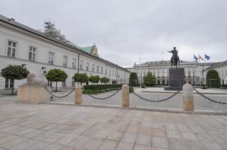 W Pałacu Prezydenckim trwa spotkanie ws. projektów o KRS i SN