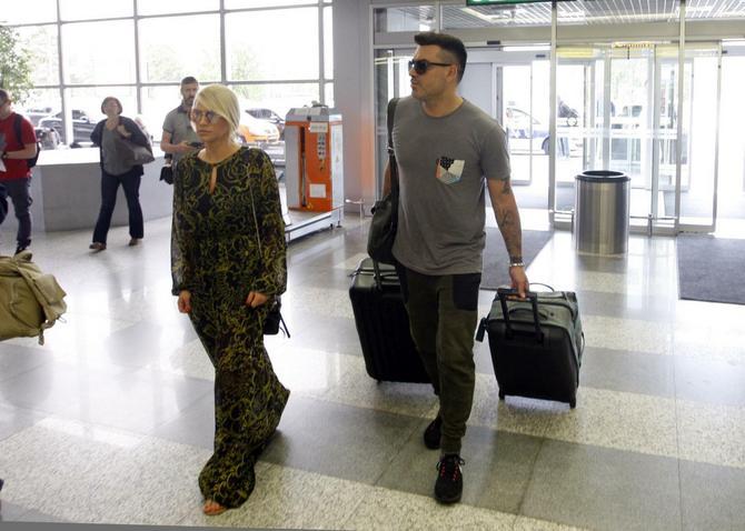 Nataša Bekvalac i Luka Lazukić pre nekoliko meseci na aerdromu u Beogradu