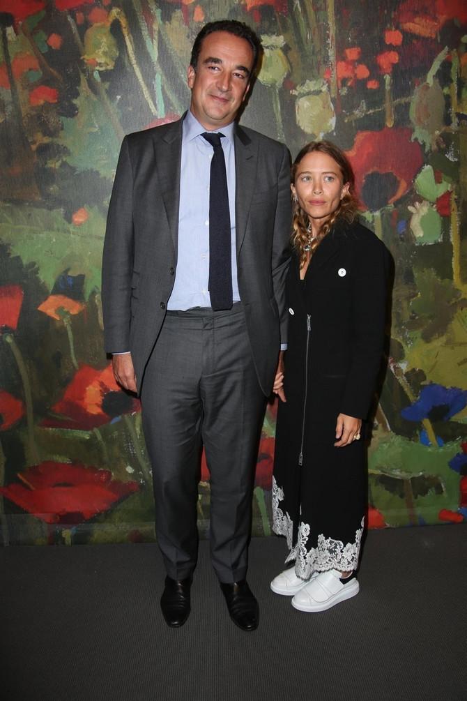 Meri-Kejt Olsen sa suprugom Oliverom u danima sreće