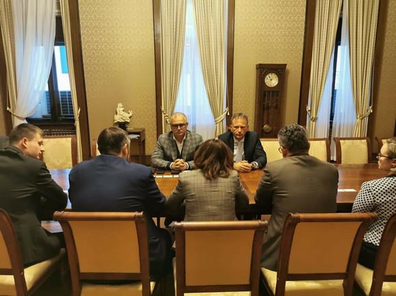 Sastanak u Starom dvoru