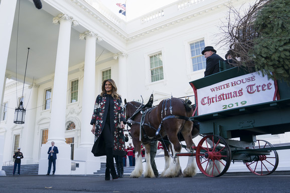 Božićna jelka Bela Kuća Melanija Tramp