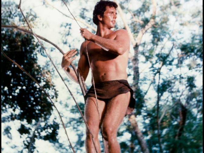 Sin čuvenog Tarzana ubio majku, pa policija usmrtila njega: za sve krivio oca invalida i poznatog glumca