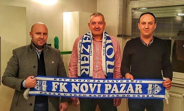 Novi trener Novog Pazara Zoran Marić sa klupskim čelnicima