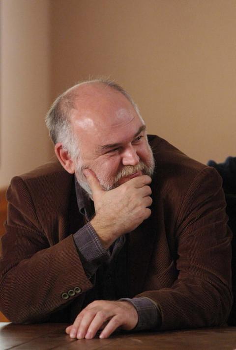 Otac ga je prijavio policiji: Glumac Aleksandar Berček prošao je put od siromašnog dečaka, do uspešnog glumca!
