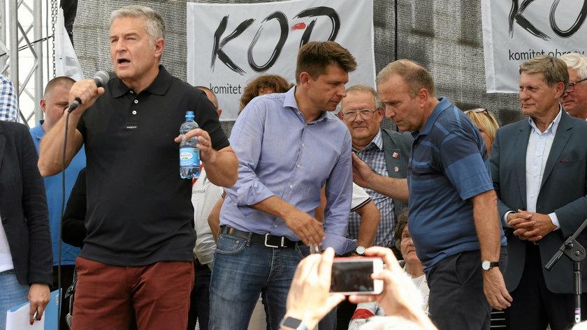 Demonstracja w obronie Sadow i KRS