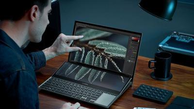 ASUS wprowadza do Polski laptop ZenBook Pro Duo 15 OLED z ekranem ScreenPad Plus