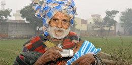 Oto najstarszy ojciec świata. Ile ma lat?
