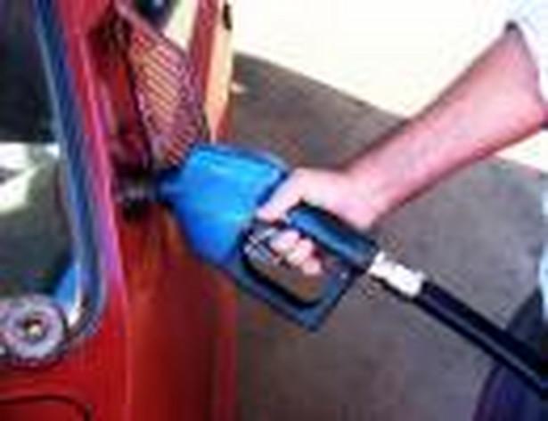 W najbliższych dniach ceny paliw na stacjach ponownie wzrosną. Prawdopodobnie o kilka groszy za litr - prognozują analitycy Reflex i e-petrol.pl.