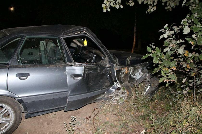 Pijani po wypadku porzucili koleżankę. Kobieta nie przeżyła