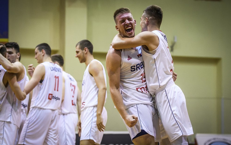 Srbija košarka u18